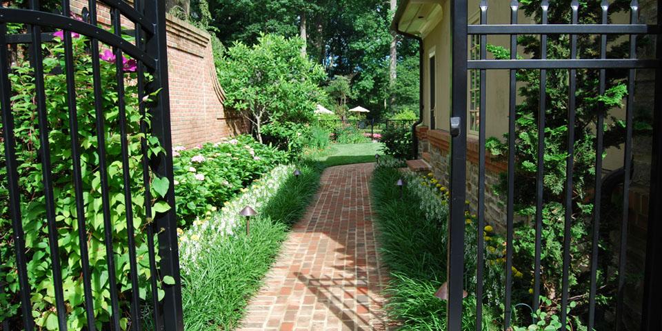 Landscaping-c_brick-walkway