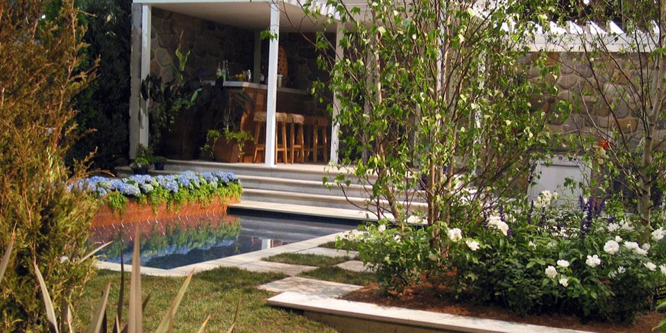 PFS-f_suburban-garden