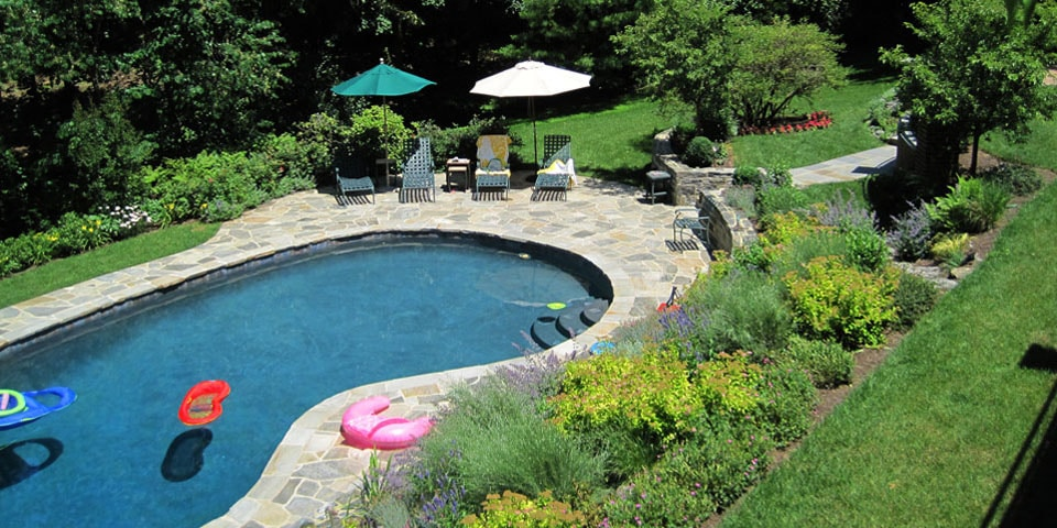 Pools-a_curvilinear-pool