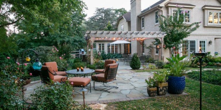z_irregular-bluestone-patio